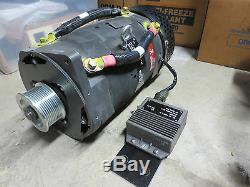 C. E. Niehoff & Co. Generator 28 volt 400 amp Alternator with regulator