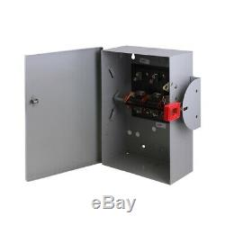 GE Safety Switch 30 Amp 240-Volt Non-Fused Double-Throw Lockable Cover 3 Pole